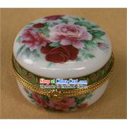China Stunning Porcelain Peony Box