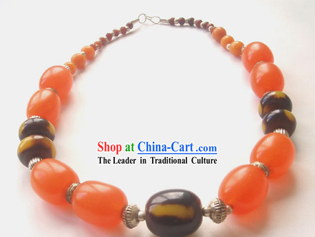 Stunning Tibet Natural Beeswax and Silver Necklace