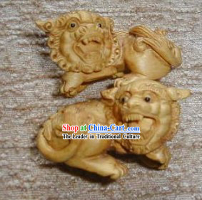 Chinese Vivid Handmade Wood Sculpture-Lion Pair