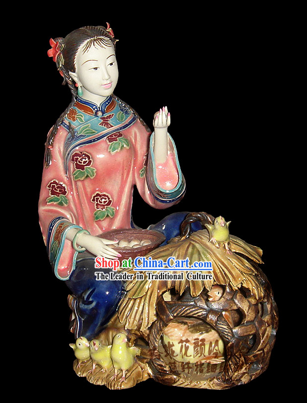 Chinese Stunning Porcelain Collectibles-Ancient Woman with Chicken