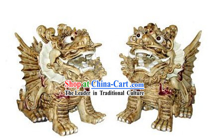 Chinese Shi Wan Porcelain Figurine-White Kylin_couple_