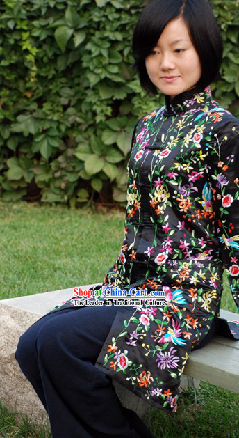 Chinese Traditional Handmade and Embroidered Floral Long Silk Overcoat for Women