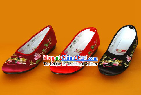Chinese Traditional Handmade Embroidered Satin Shoes (mandarin duck)