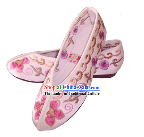 Chinese Traditional Handmade Embroidered Princess Satin Shoes (various flower, pink)