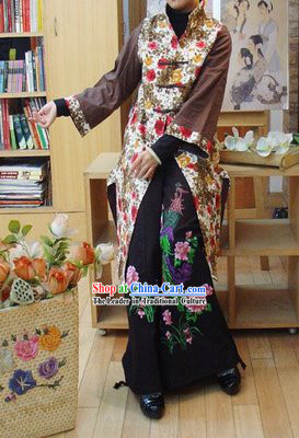 Chinese Classic Handmade Long Cotton Flowery Winter Overcoat