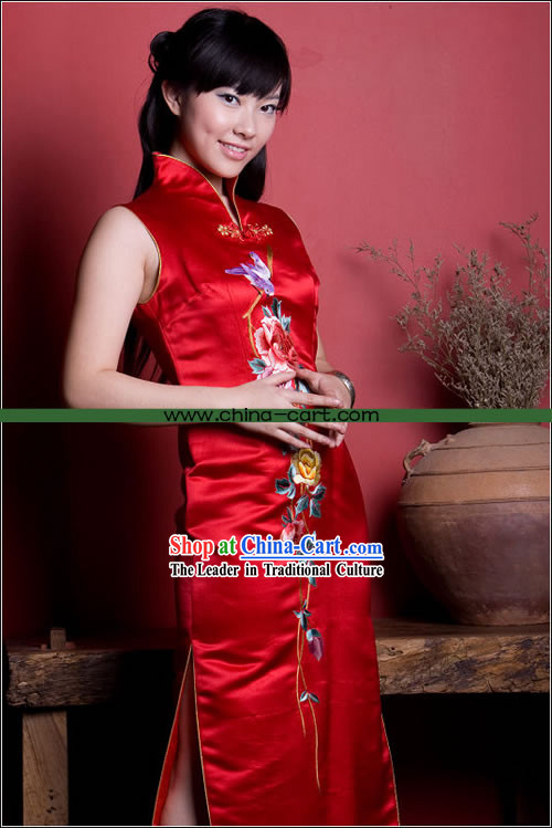 Stunning Mandarin Lucky Red Hand Embroidered Long Cheong-sam _Qipao_