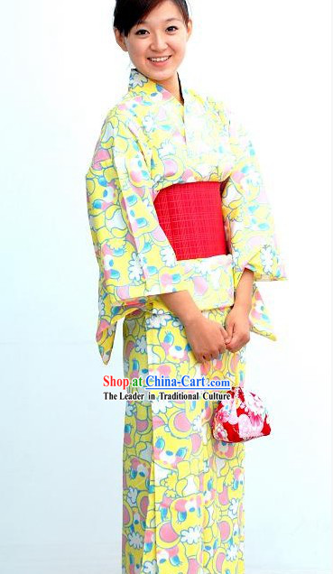 Traditional Japanese Kimono Handbag and Geta Complete Set