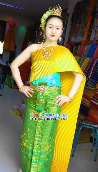 Traditional Thai Peacock Court Dress Costume Complete Set