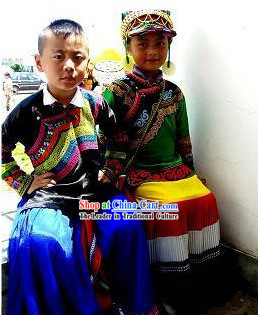 Chinese Yi Minority Dresses 2 Sets for Boys and Girls