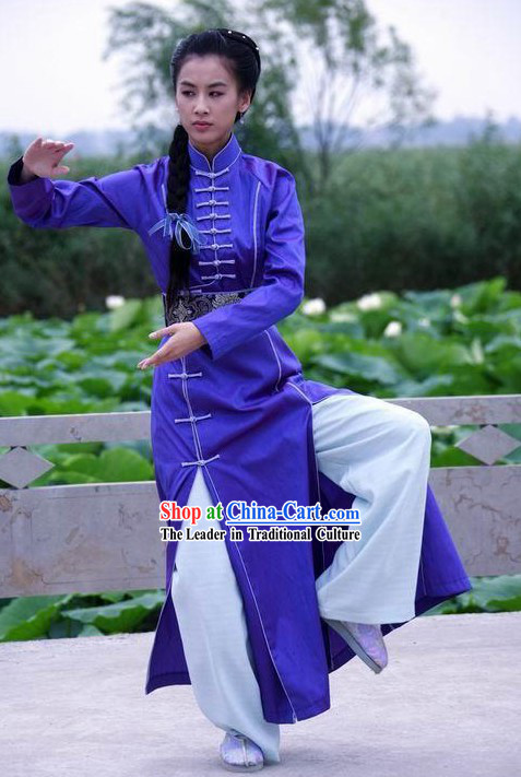 Chinese Traditional Silk and Cotton Martial Arts Uniform for Women