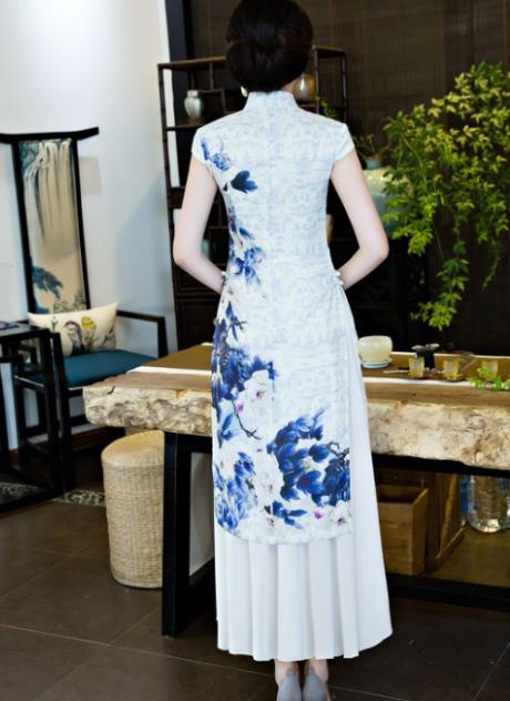 New Design Chinese Peony Wedding Dress for Bride