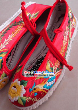 Chinese Traditional Embroidery Phoenix Wedding Shoes