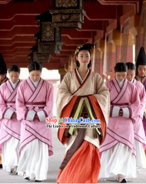 Beauty World Ancient Hanfu Outfit for Women