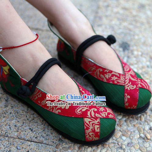 Traditional Chinese Handmade Dancing Cloth Shoes