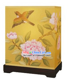 Traditional Chinese Hand Painted Silk Desk Palace Lantern