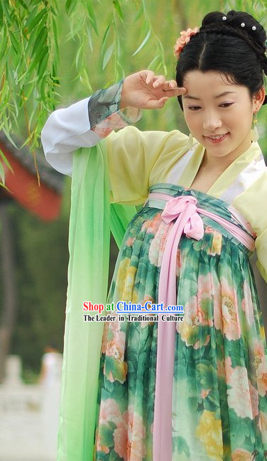 Chinese Classical Hanfu Set for Women