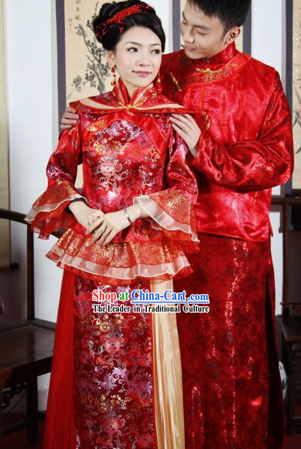 Traditional Chinese Red Wedding Garment 2 Sets for Men and Women