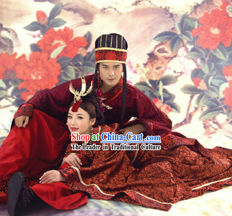 Ancient Chinese Red Royal Wedding Dresses for Brides and Bridegrooms