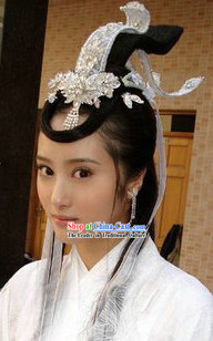 Ancient Chinese Beauty Swordswoman Costumes and Bamboo Hat
