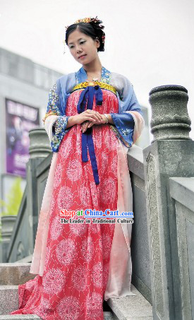 Ancient Chinese Tang Dynasty Hanfu Clothing for Women