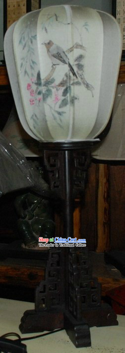 Ancient Chinese Imperial Style Handmade and Painted Silk Desk Lantern