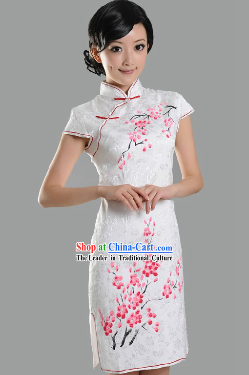 Traditional Chinese Plum Blossom Cheongsam for Women