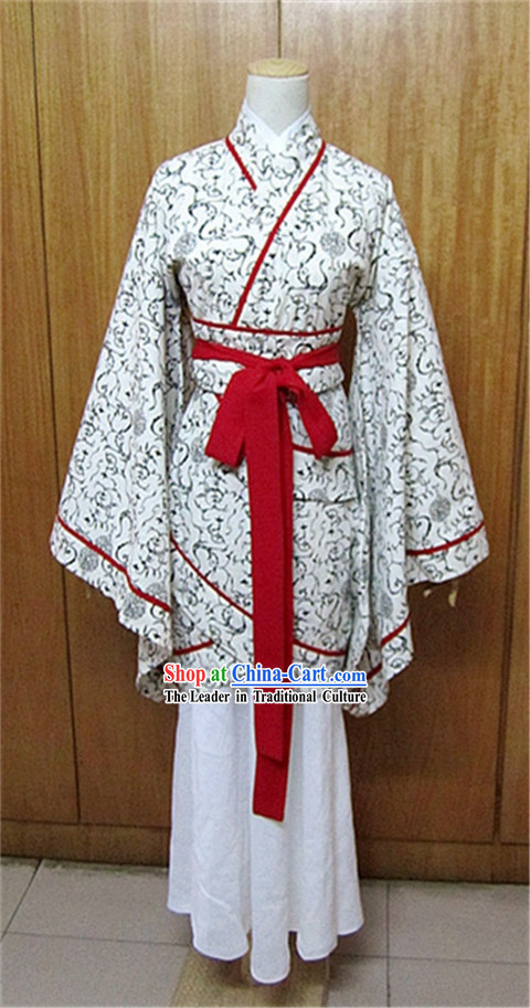 Ancient Chinese Han Dynasty White Flower Fish Tail Clothing for Women
