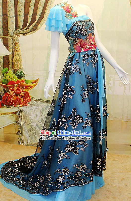Stunning Romantic Wedding Evening Dress