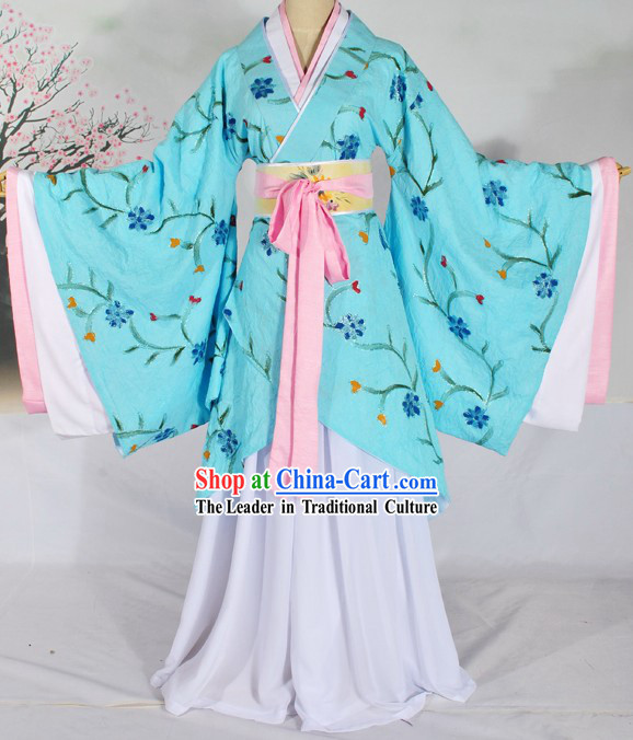 Ancient Chinese Han Dynasty Light Blue Clothes for Women