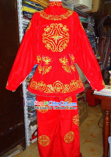 Ancient Chinese Mask Changing Embroidered Red Costumes for Men