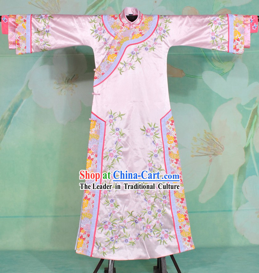 Qing Dynasty Pink Embroidered Princess Clothes for Women