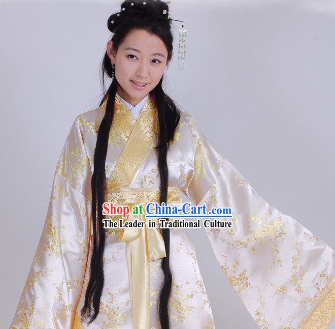 Ancient Chinese Han Dynasty Plum Blossom Royal Lady Clothing for Women