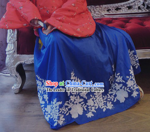 Blue Ming Dynasty Princess Embroidered Flower Skirt