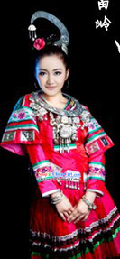 Traditional Chinese Miao Minority Outfit and Headpiece for Women
