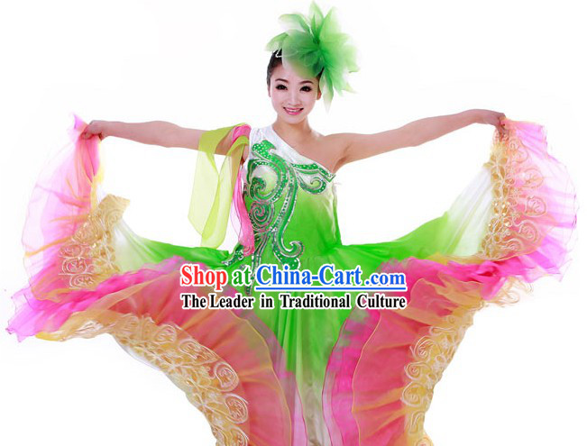 Ancient Chinese Dance Costumes and Headpieces for Women