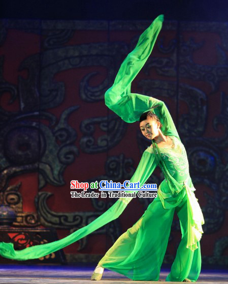 Stage Performance Long Sleeve Green Dance Costumes Complete Set for Women