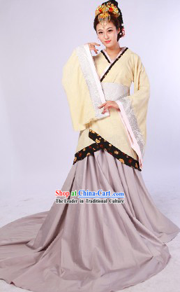 China Han Dynasty Hanfu Clothes and Headdress Complete Set for Women