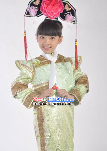 Qing Dynasty Imperial Princess Clothing and Headdress for Kids
