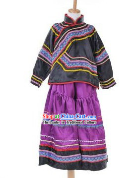 Traditional Chinese Yi Nationality Clothing for Kids