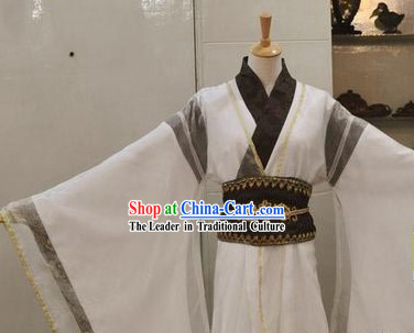 Ancient Chinese White Swordsman Costume