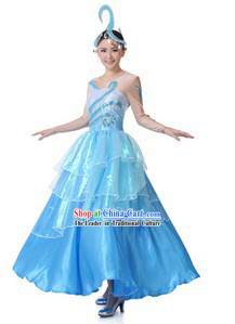 Traditional Chinese Sea Color Dance Costumes and Hat for Women