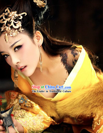 Ancient Chinese Royal Palace Empress Costumes and Hair Accessories