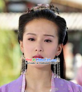 Liu Shishi Actor in Love Earrings