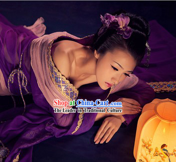 Ancient Chinese Purple Beauty Clothing and Hair Accessories Complete Set