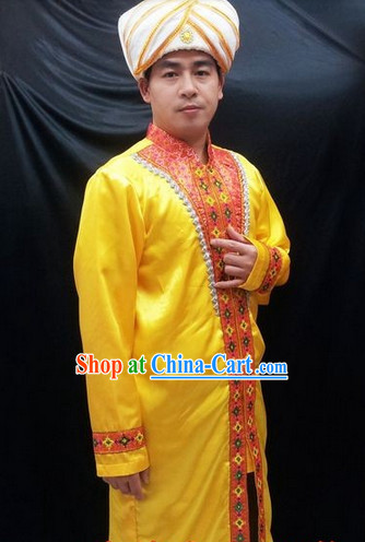 Traditional Indian Dancewear and Hat for Men