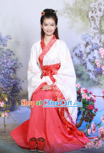 Standard Traditional Hanfu Outfits and Hair Accessories for Women