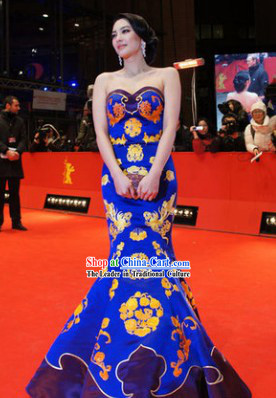 Traditional Chinese Blue Silk Embroidered Fish Tail Cheongsam