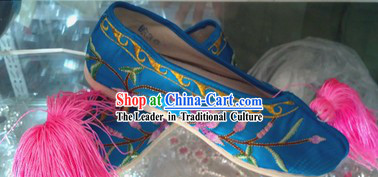 Chinese Opera Embroidered Flower Shoes for Women