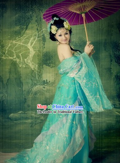 Ancient Chinese Tang Dynasty Beauty Blue Clothes and Accessories for Women