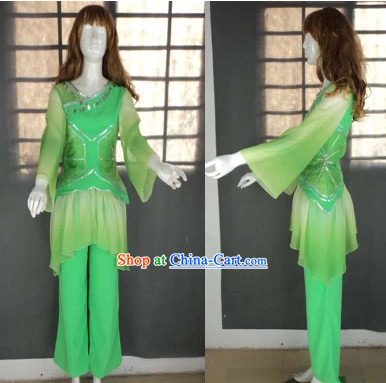 Traditional Green Fan Dancing Outfit for Women